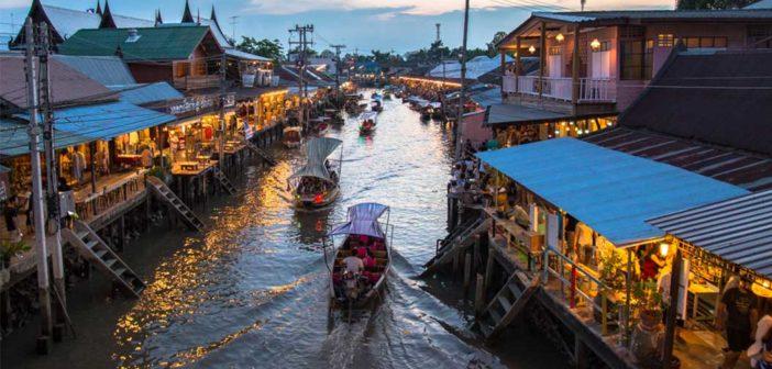 Amphawa's Floating Market