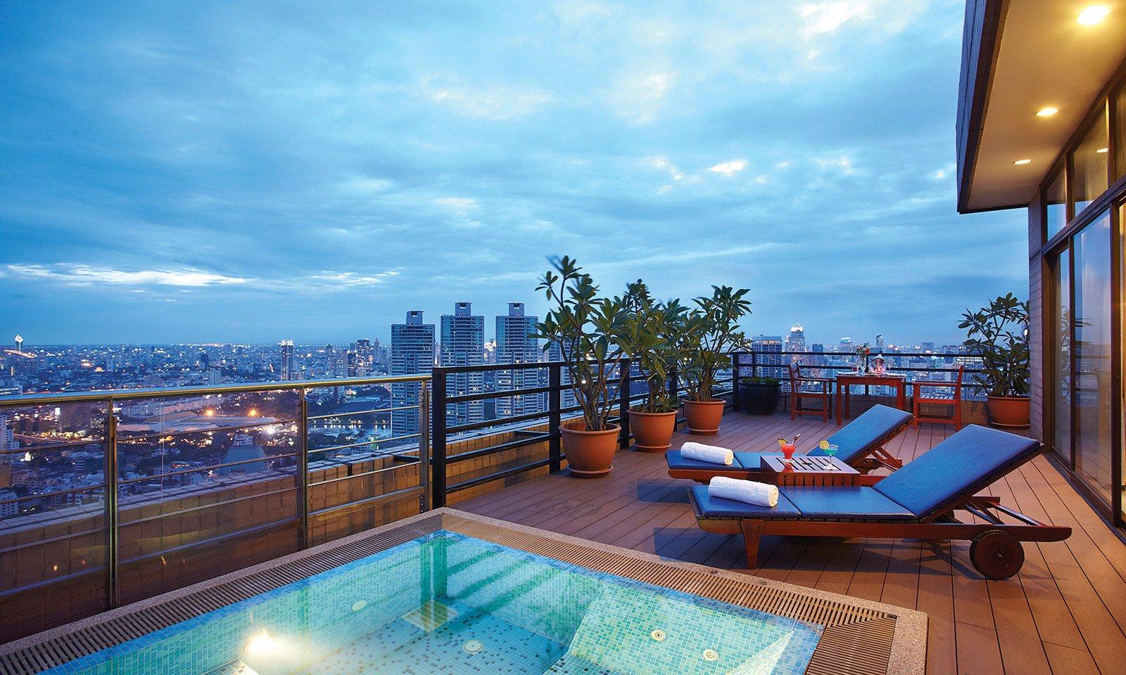 Penthouse_Jacuzzi-Balcony01